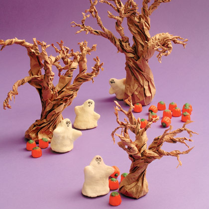 Salt-dough-ghosts-halloween-craft-photo-420-FF1006PARTA01