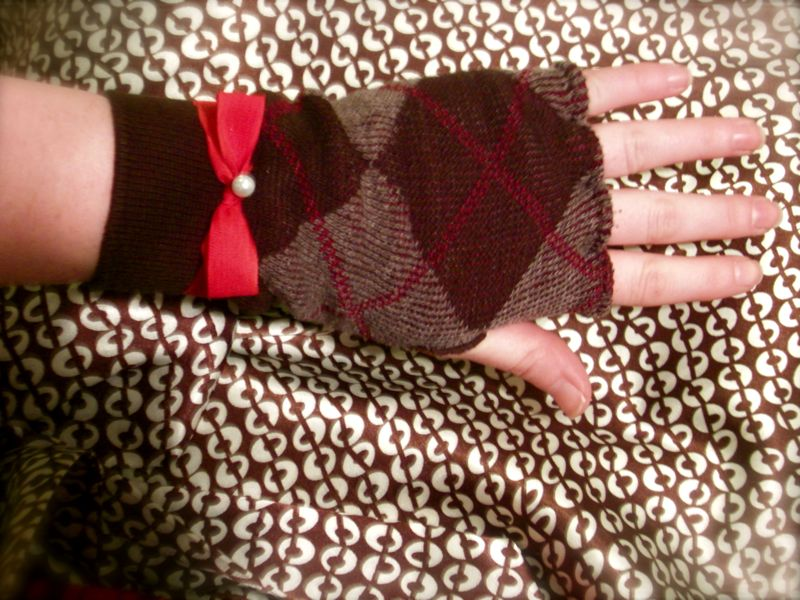 Gloves8
